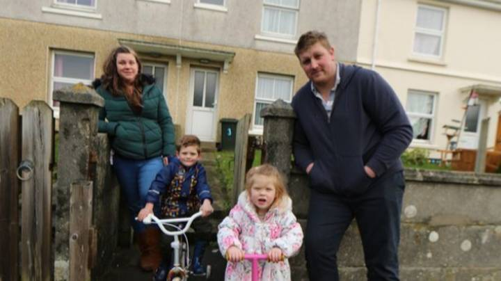 Family Offer To Help Wipe Couple's £11,500 Debt After Taking Part In 'Rich House, Poor House'