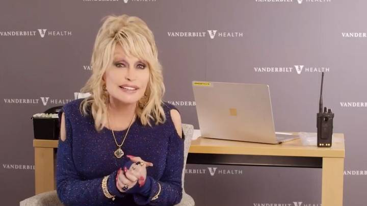 Dolly Parton Sings Vaccine Vaccine Vaccine Vaccine As She Gets Jab She Helped Fund