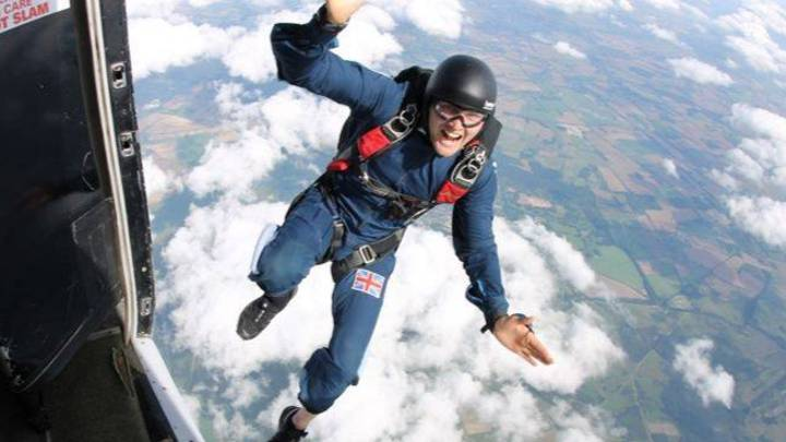 Ex-Paratrooper Hoping To Jump 200 Feet From Helicopter Without A Parachute