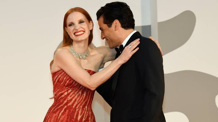 Jessica Chastain Responds To Oscar Isaac Kissing Her On Arm On Red Carpet