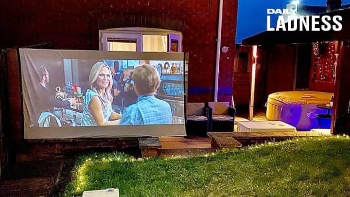 Man Transforms Garden Into An Outdoor Cinema For Surprise Date Night
