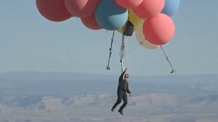 David Blaine Completes Ascension Stunt Flying Past 24,000ft Using Helium Balloons