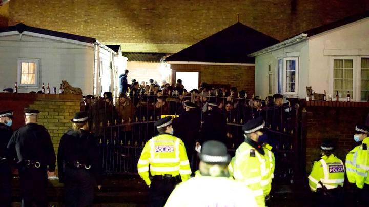 Police Officers Break Up 'Wake' Attended By '100 People' In London