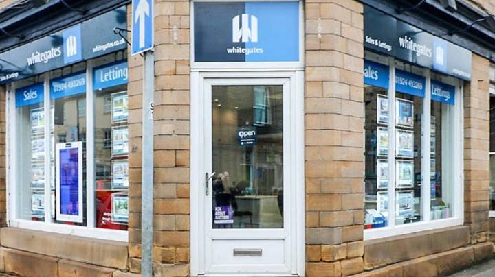 Estate Agent's Window Displays Porn After Advertising System Is Hijacked