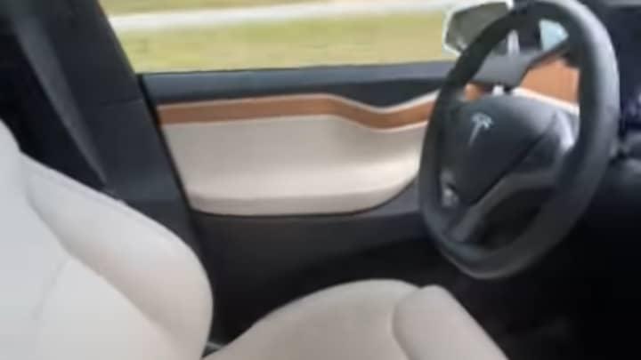 Man Speeds Down Highway In Driverless Tesla