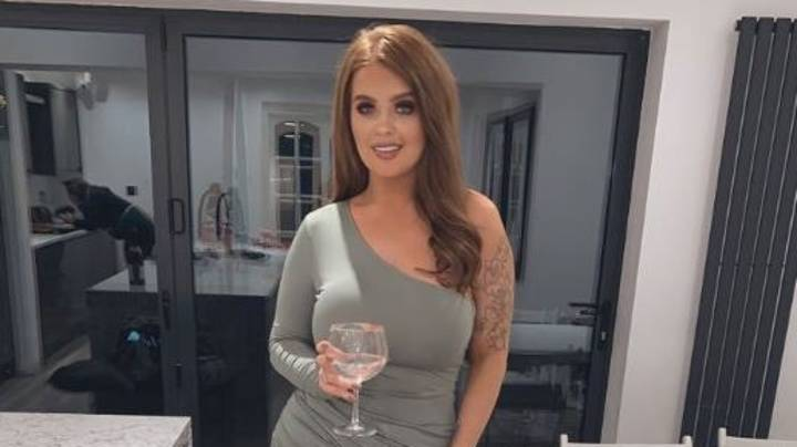 EuroMillions Winner Jane Park Is Flooded With Valentine's Day Requests After Twitter Post
