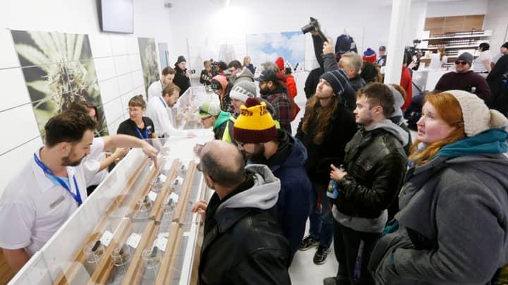 Canadian Marijuana Stores Face Shortage Supply After Legalisation