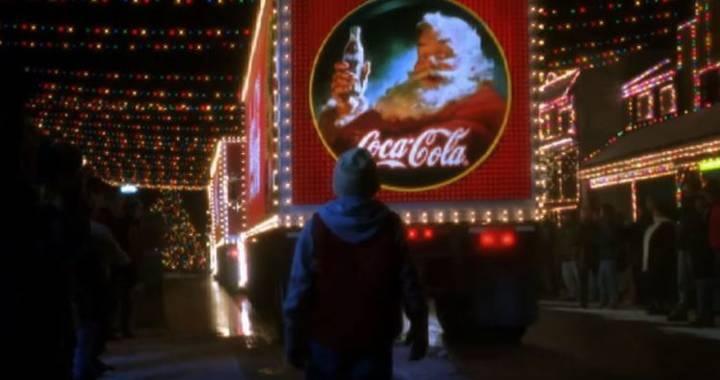 Coca Cola Has Changed Its Christmas Advert And People Aren't Happy