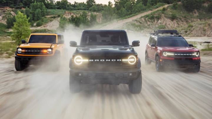 Ford Unveils Its First New Bronco 4x4s In 25 Years