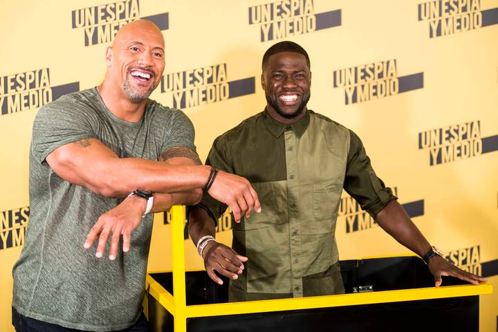 Kevin Hart Roasts Dwayne Johnson Over The Rock's Baby Daughter Photo