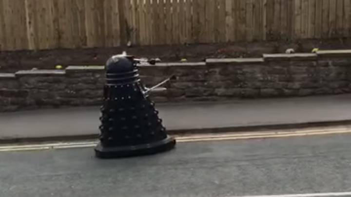 Dalek Filmed Rolling Down Street Telling Humans To Self-Isolate