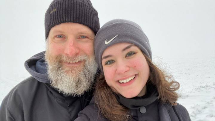Student Falls In Love With Online Philosophy Teacher Who Is 27 Years Her Senior