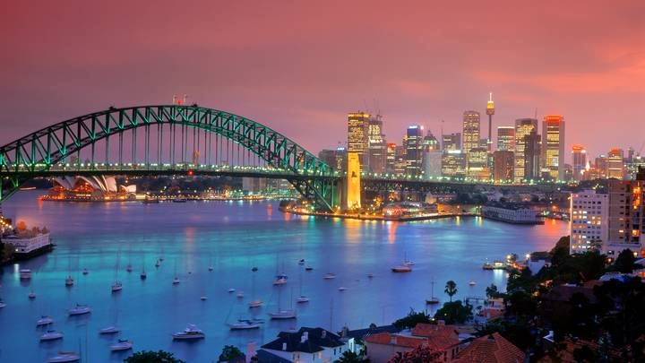 Qantas Is Offering Flights From London To Sydney For £205 Return