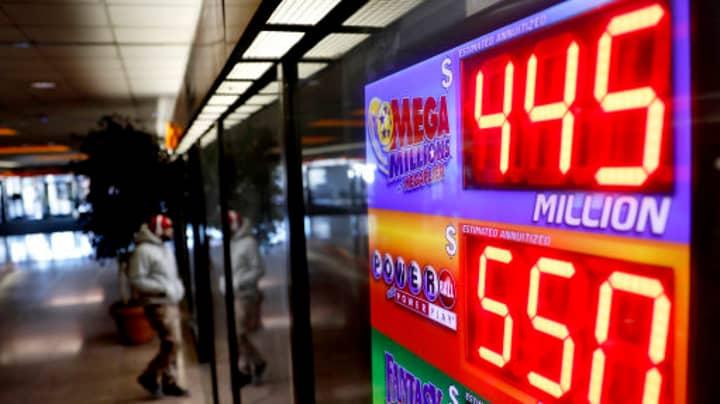 Luckiest LAD Alive Wins $450m Mega Millions Lottery Jackpot