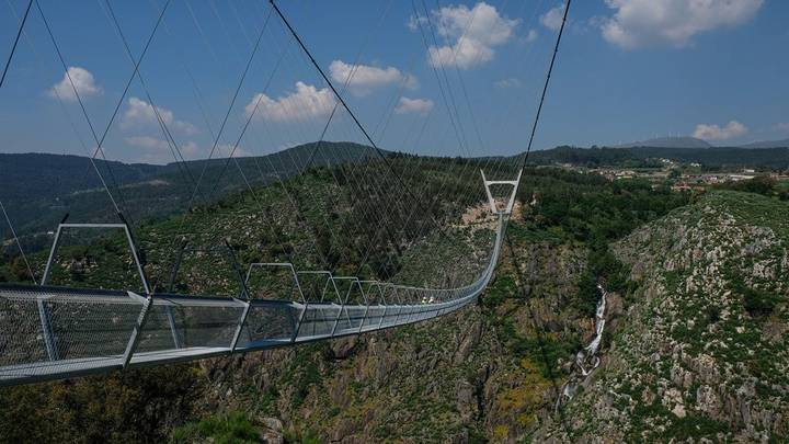 Bridge In Portugal Allows Hikers To Cross 175 Metre River Gorge