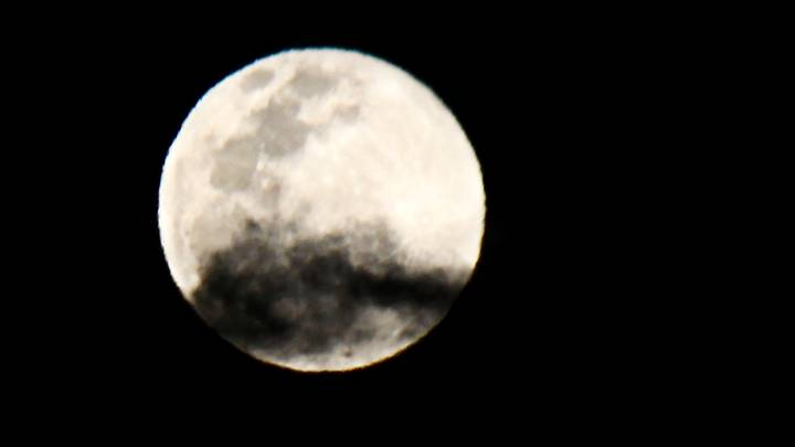 UFO Expert Claims To Have Proof Of Alien Structures On The Moon
