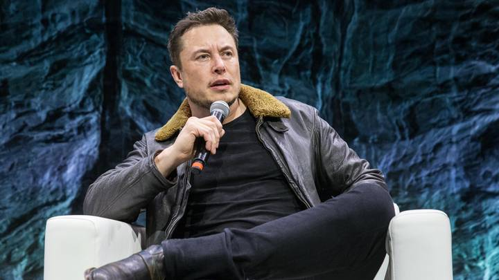 The Matrix Director Says 'F*** You' To Elon Musk After He Tweeted About Taking 'The Red Pill'