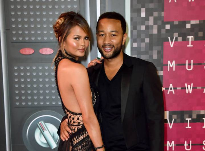 Chrissy Teigen And John Legend Absolutely Ended Piers Morgan On Twitter