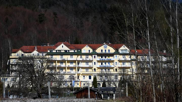 King Of Thailand Rents Out Entire German Luxury Hotel To Self-Isolate