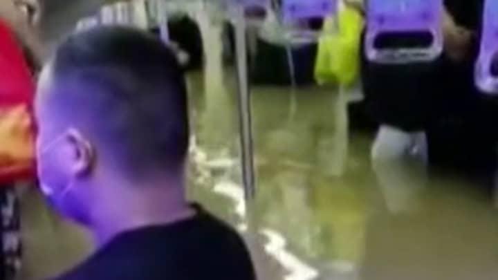 12 Killed In Zhengzhou Train As Chinese Subway Floods