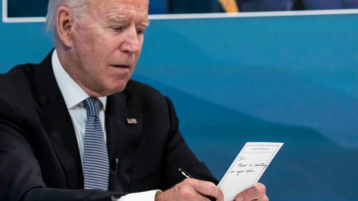 Joe Biden Alerted To Having 'Something On Your Chin' In Aide's Note