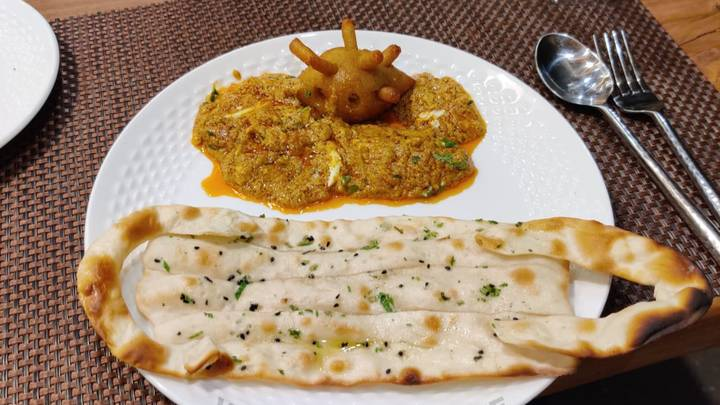 Indian Restaurant Offers 'Covid Curry' With 'Mask' Paratha