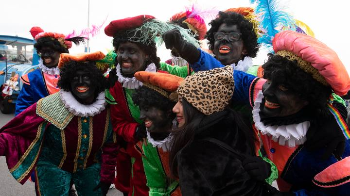 'Black Pete' Christmas Parade Sparks Protests In The Netherlands Over Use Of Blackface