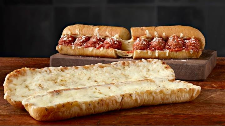 Subway Launches Ultimate Cheesy Garlic Bread In US And It Looks Immense