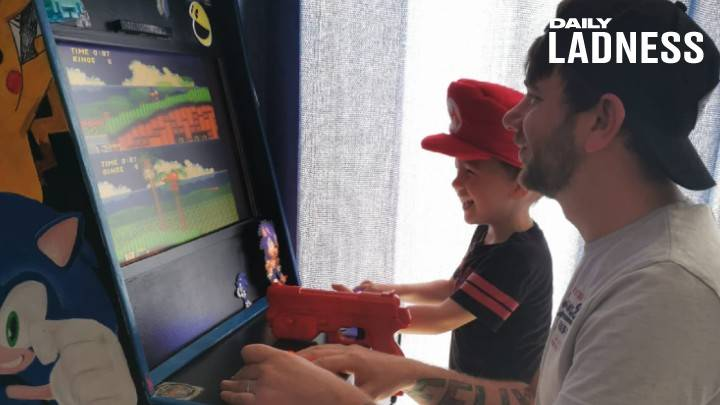 ​Dad Creates Incredible Retro Arcade Game For His Son During Lockdown