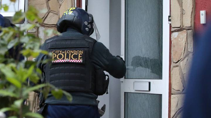 Meth Addict Pretended To Be Police To Raid Drug User's House