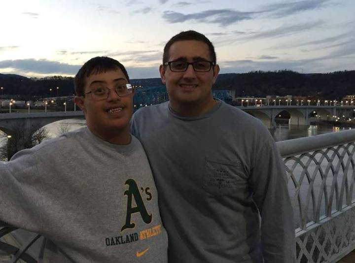 Lad Responds Perfectly To Complaint About His Disabled Brother Working In The Kitchen