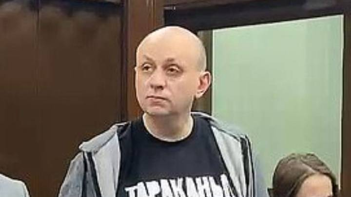 Russian Journalist Jailed After Tweeting Joke About Alexei Navalny Protests