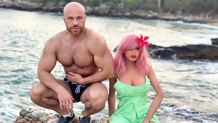 Bodybuilder Who Married Sex Doll Says She's 'Broken' Days Before Christmas
