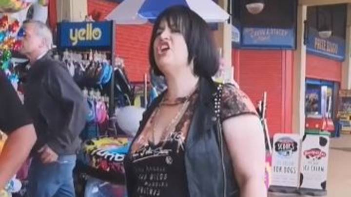 Ruth Jones Lays Down The Law As Nessa During Gavin And Stacey Filming