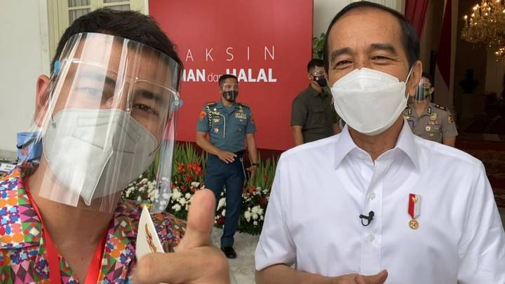 Social Media Influencers Among First To Be Vaccinated In Indonesia