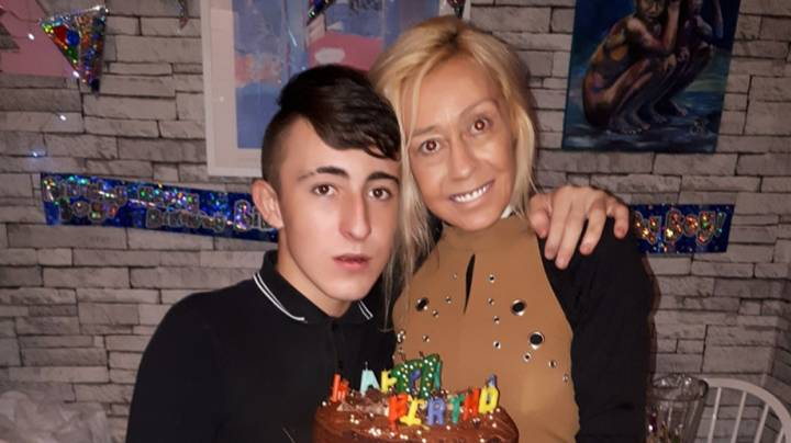 Teenager Facing Eviction After Mum Died Makes Plea For Job