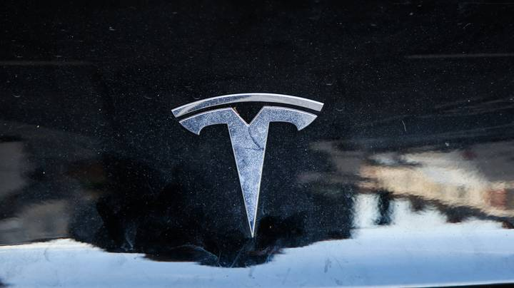 Tesla Owners Can Now Change Their Horn To A Fart Sound