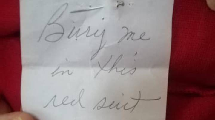 Woman's Finds Eerie Note In Pocket Of Charity Shop Jacket