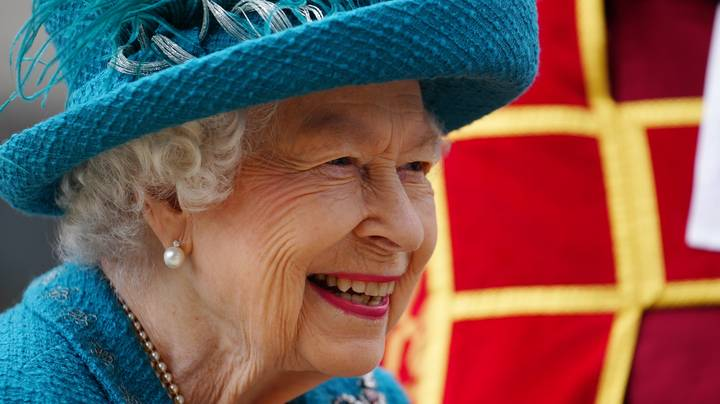 American Tourist Didn't Recognise The Queen, Asking Her If She Had Ever Met Herself