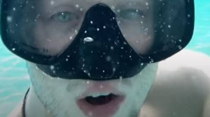 Real-Life Aquaman Shows How He Can Breathe Underwater