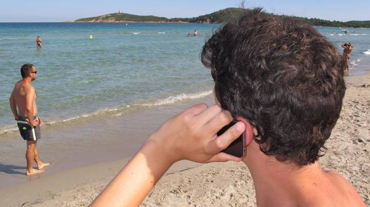 EU Roaming Charges Are Going To Be Scrapped This Week