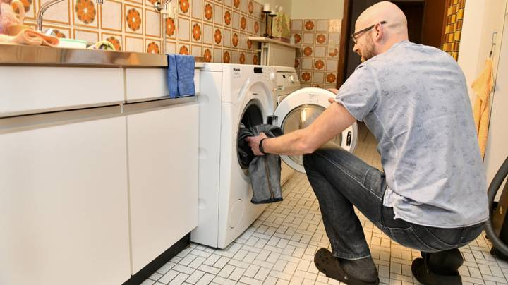 People Are Arguing Over Where Washing Machines Should Go In The House