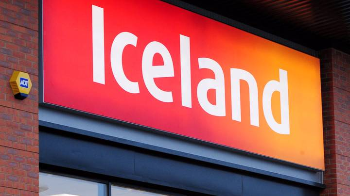 Iceland Customers Perform Degrading Acts For Prize - Turns Out To Be A Hoax