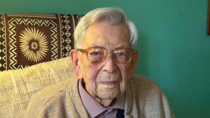 World's Oldest Man Dies In Hampshire From Cancer Aged 112