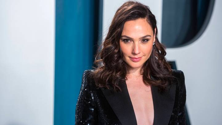 Gal Gadot Calls On Celeb Pals To Sing 'Imagine' While In Self-Isolation