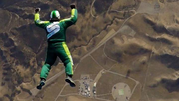 People Are Shocked By Daredevil Luke Aikins' Skydive From 25,000 Feet Without A Parachute