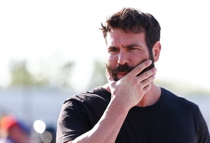Dan Bilzerian Uploads Picture, Loads Of People Miss His 'Leg Day' Joke