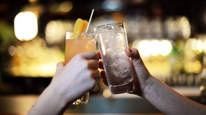 Drinking Gin Could Speed Up The Metabolism, So Pass Us The Bottle