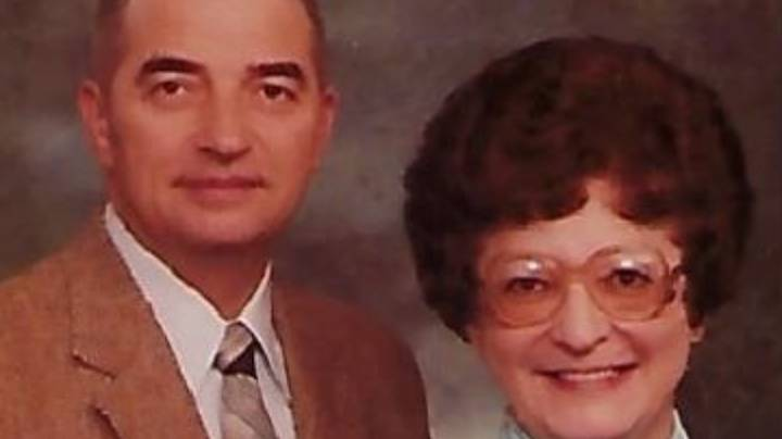 Couple Die Minutes Apart, Side By Side, After 70 Years Of Marriage