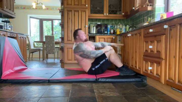 Eddie Hall Shows Off Abs Transformation After Doing 100 Sit-Ups A Day